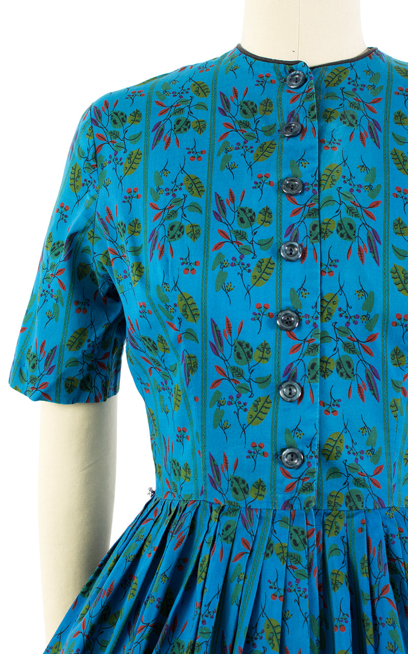 ♦ SOLD ♦ 1950s Mode O' Day Blue Floral Cotton Shirtwaist Dress | x-small/small