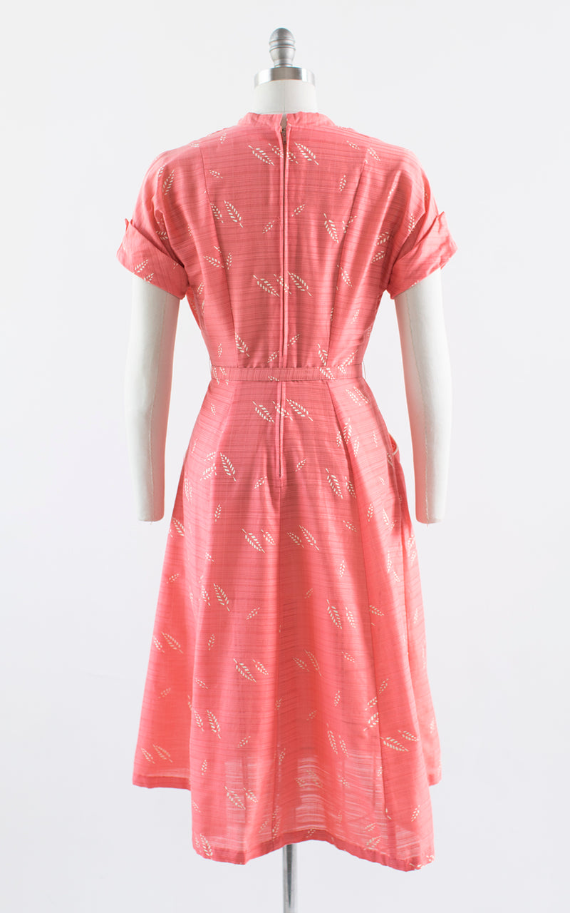 1950s Leaf Printed Day Dress with Pockets | medium