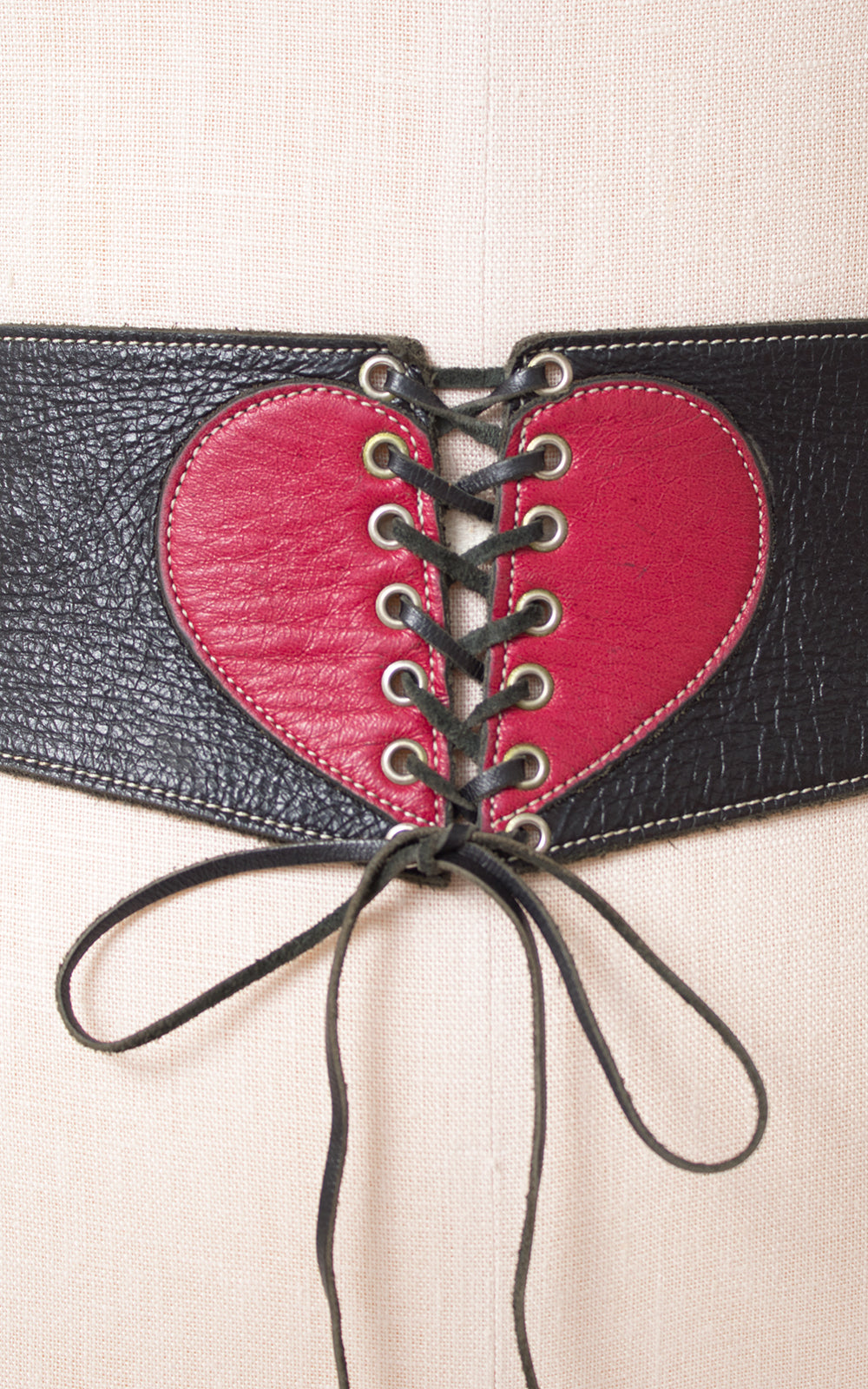 1970s Leather Heart Corset Cinch Belt
