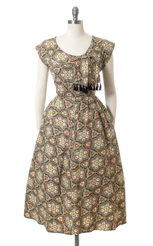 1950s Floral Medallion Tassel Ties Cotton Day Dress