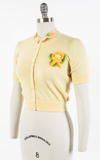 1950s Floral Appliqué Cashmere Knit Yellow Cardigan Top | x-small/small/medium