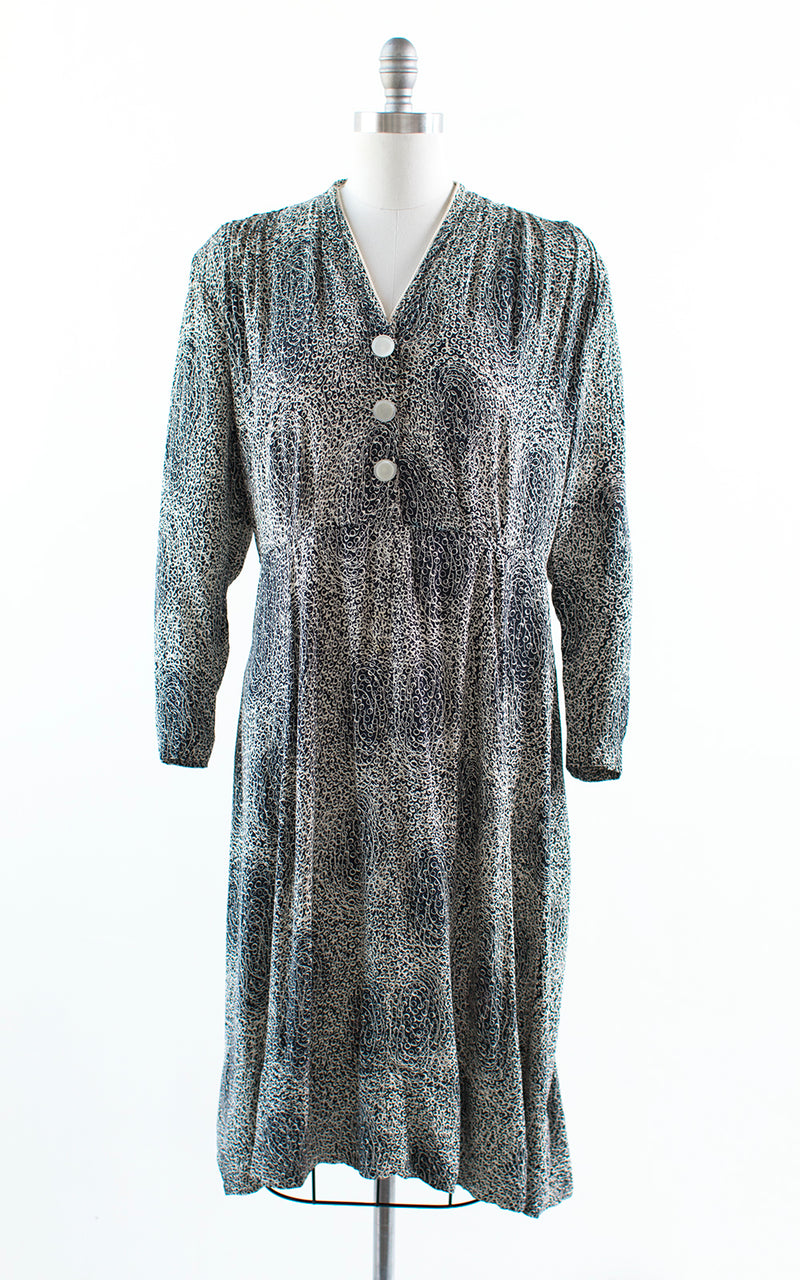 1940s Polka Dot Moon Printed Rayon Dress | x-large