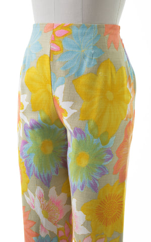 SOLD - ON LAYAWAY FOR BARNI || 1960s Floral Cotton Pants | small/medium