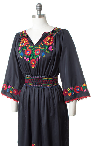 Vintage Floral Embroidered Peasant Dress