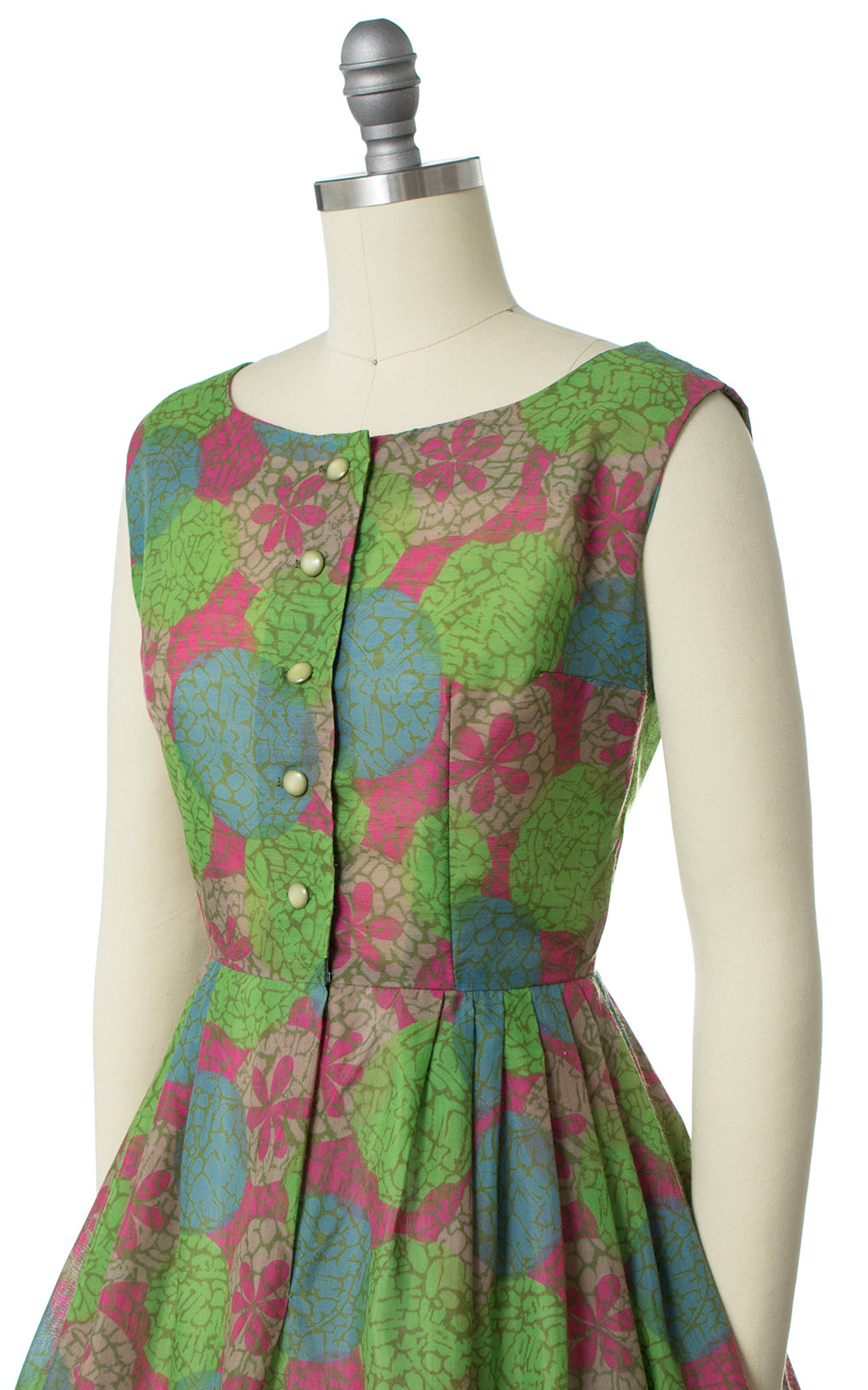 1960s Floral Polka Dot Shirtwaist Sundress