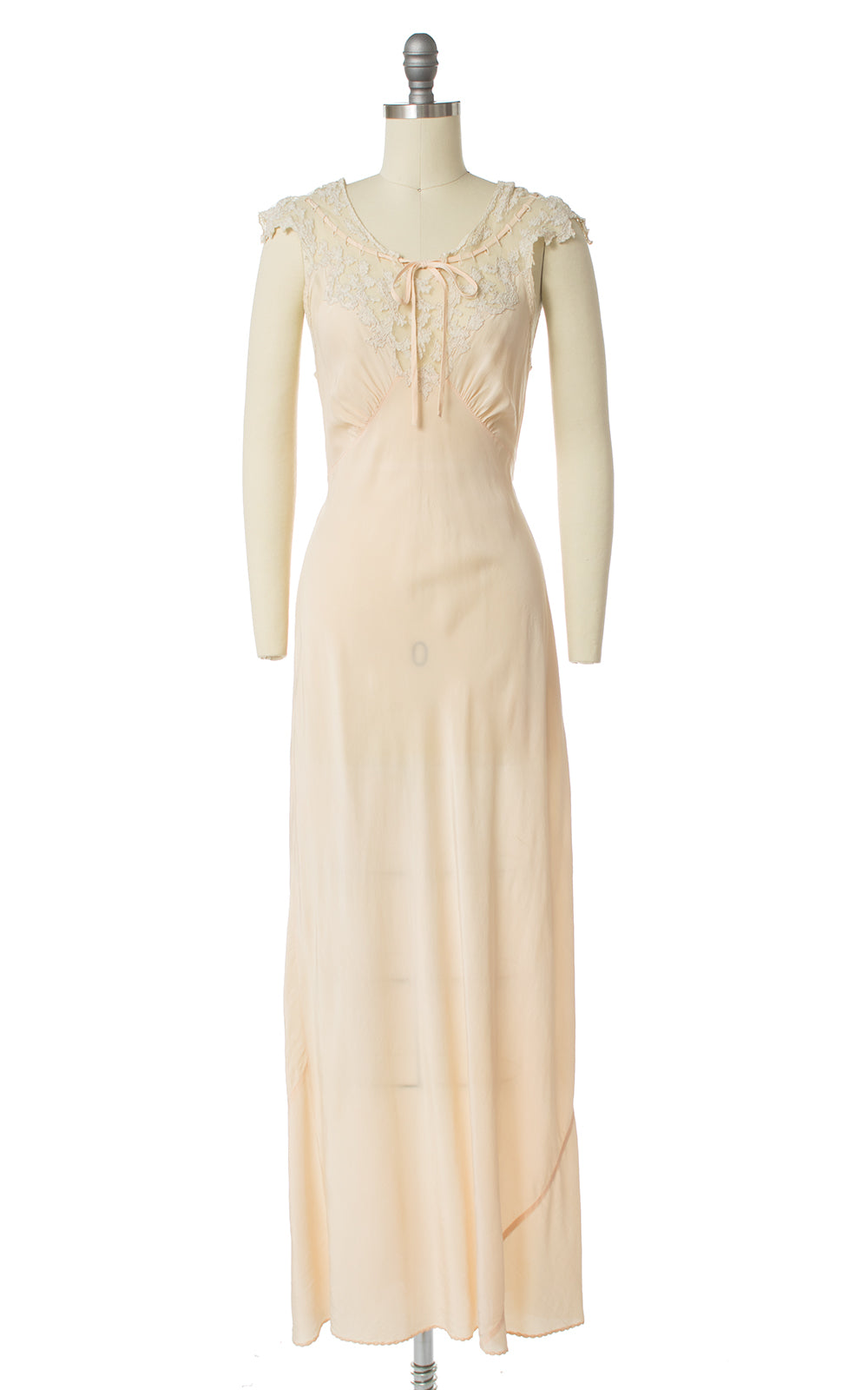 1940s Bias-Cut Peach Silk & Lace Nightgown