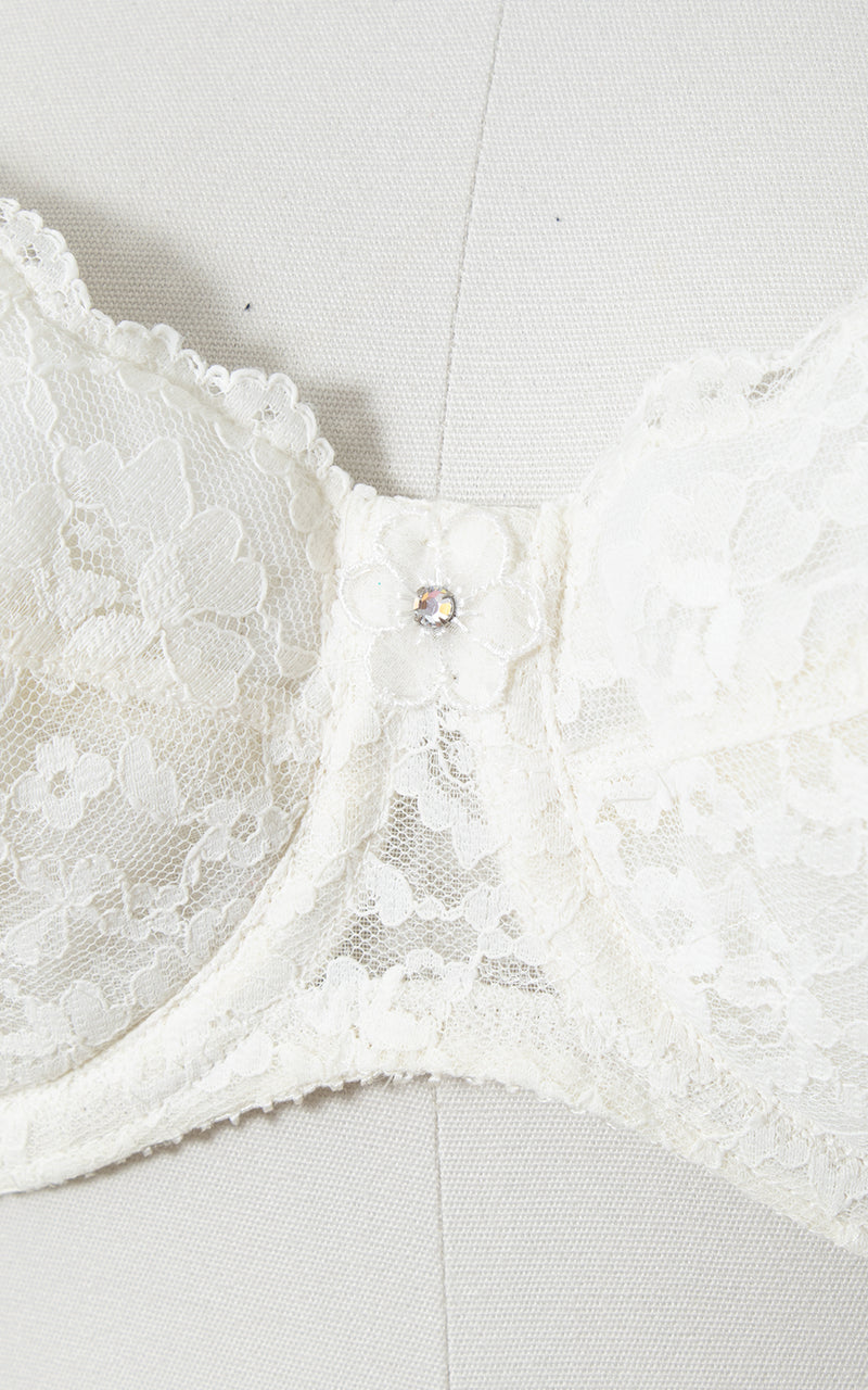 1960s White Lace Open Back Bra 34C