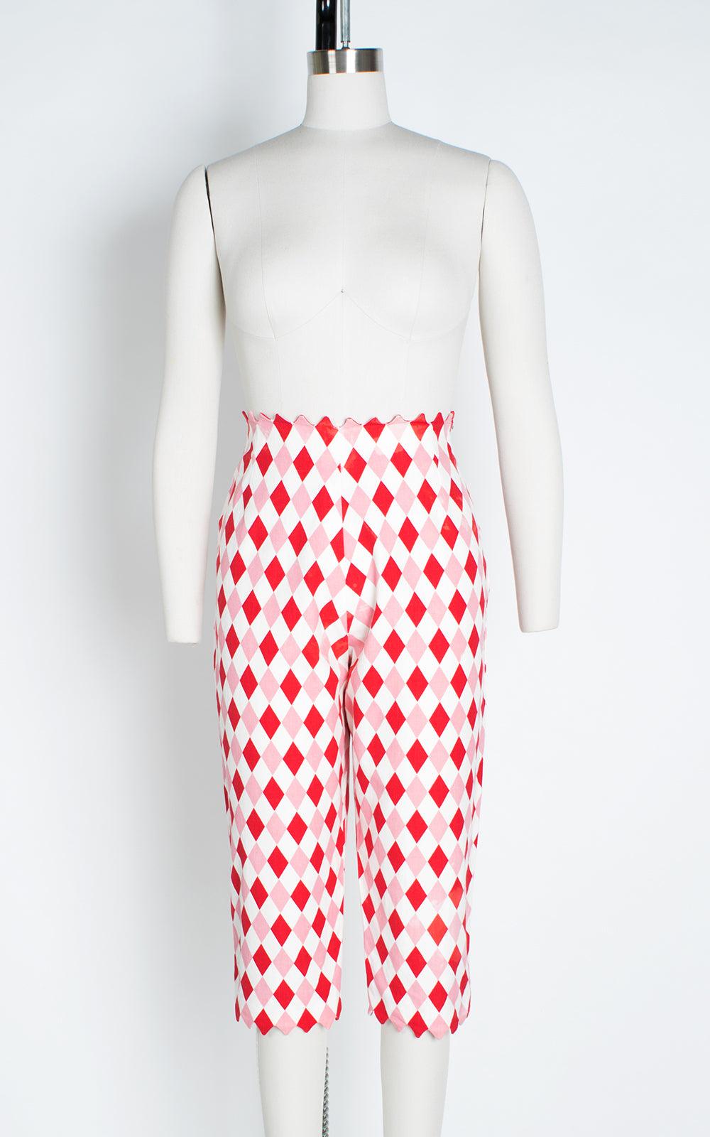 1950s Red Pink Harlequin Cotton Zig Zag Capri Pants