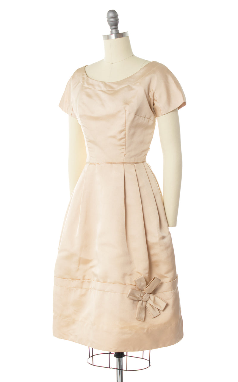 1950s Cream Silk Bow Appliqué Dress