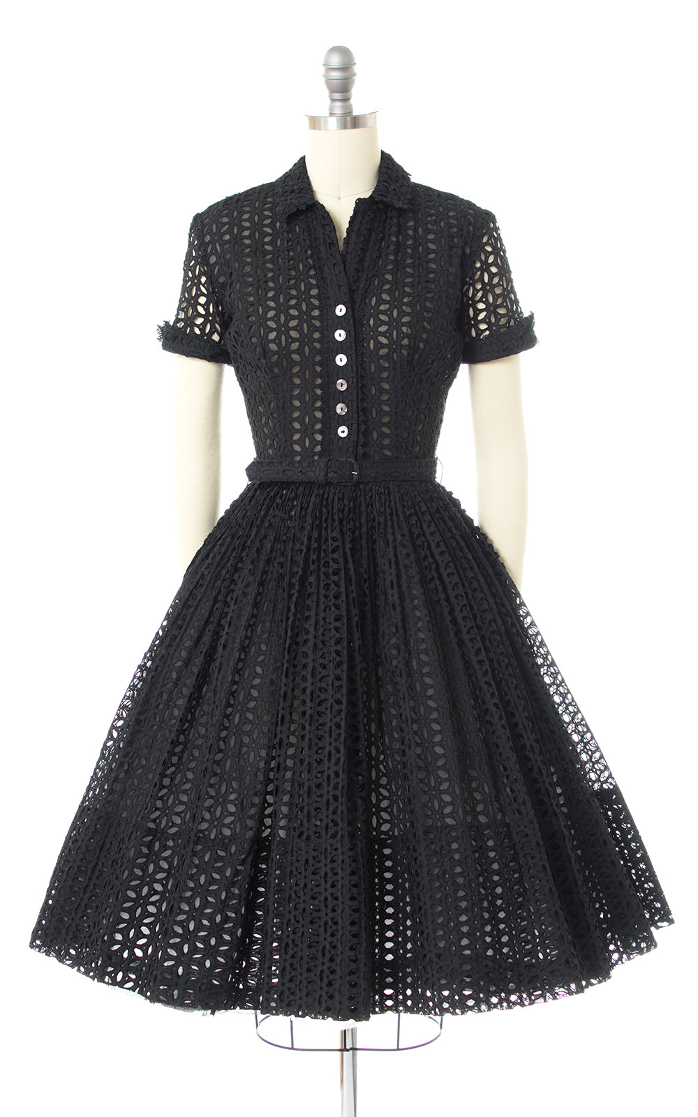 1950s Eyelet Lace Shirtwaist Dress
