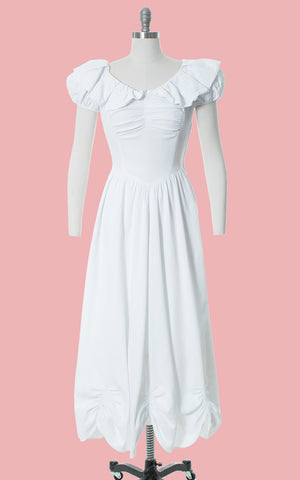 1940s White Cotton Piqué Puff Sleeve Gown