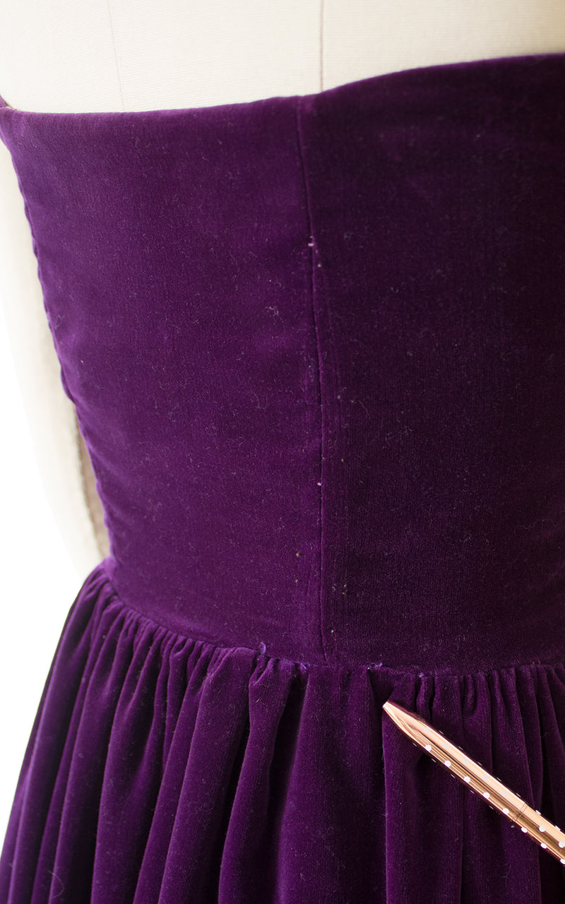 1950s Purple Velvet & Lace Strapless Gown