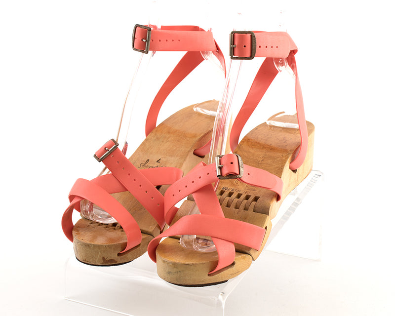 1950s Pink Vinyl Straps Wood Wedge Flexiclogs Sandals size 7