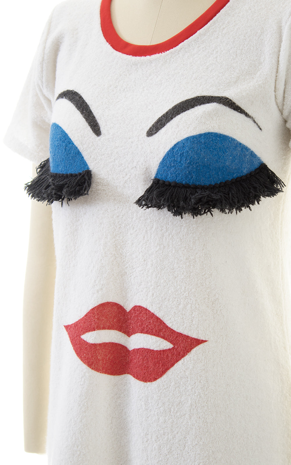 1980s Makeup Face Novelty Terrycloth Dress with Fringe Eyelashes