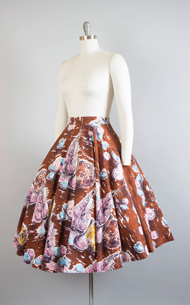 Vintage 1950s Circle Skirt | 50s Mediterranean Novelty Print Cotton Brown Pink Printed Full Swing Skirt (medium)