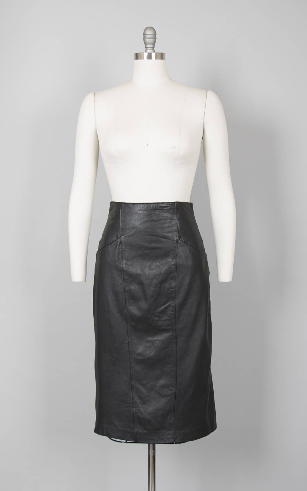 Vintage 1980s Skirt | 80s Black Leather Pencil Skirt Buttery Soft Leather Wiggle w/ High Back Slit & Pockets (small)