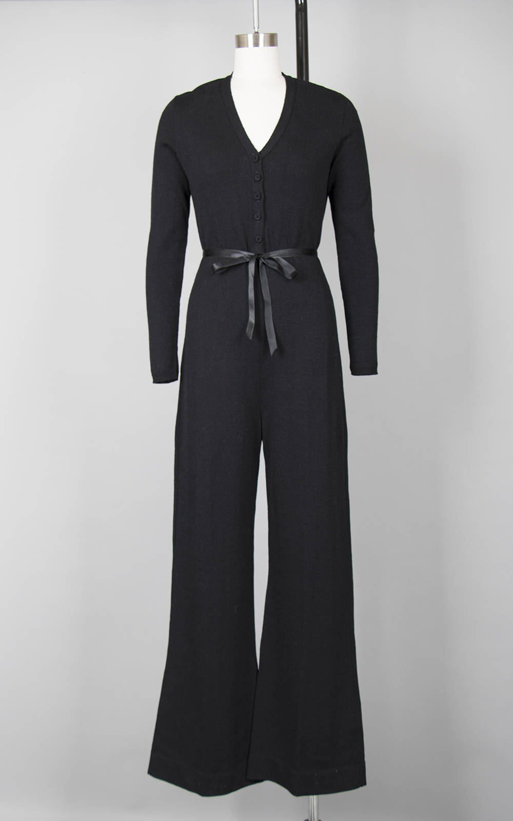 Vintage 1970s Jumpsuit | 70s Knit Black Wool Long Sleeve Button Up Wide Leg Jumpsuit (medium)