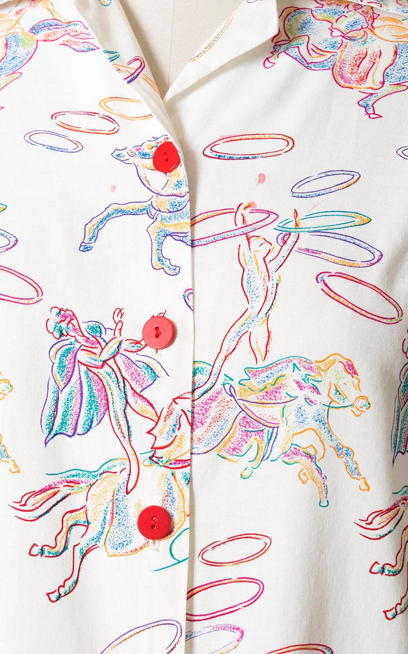 Vintage 1950s Style Blouse | Novelty Print Cotton Circus Horses White Button Up Pajama Top (medium/large)