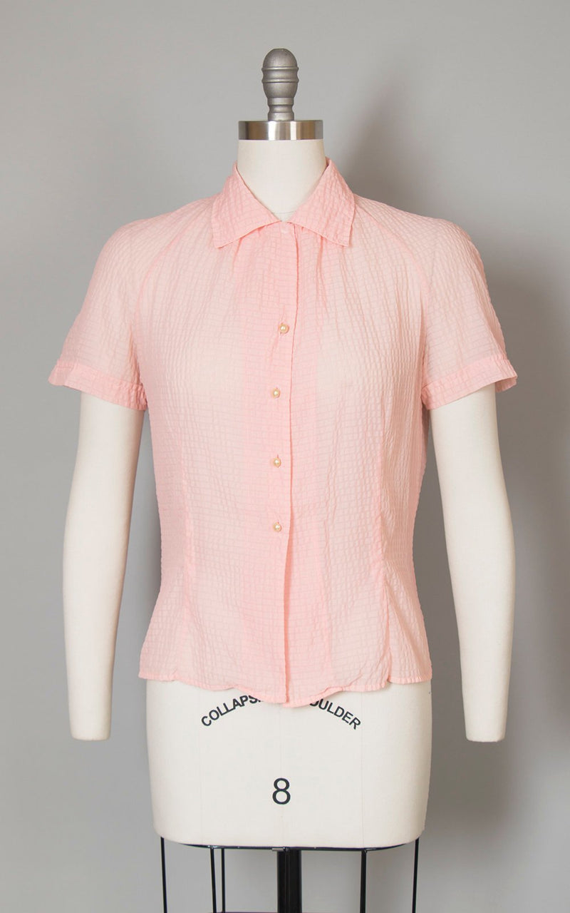 Vintage 1950s Blouse | 50s Sheer Pink Nylon Plissé Short Sleeve Button Up Top (medium)