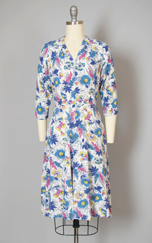 Vintage 1940s Dress | 40s Floral Garden Print Cotton Rayon White Blue Chartreuse Full Skirt Day Dress (small/medium)