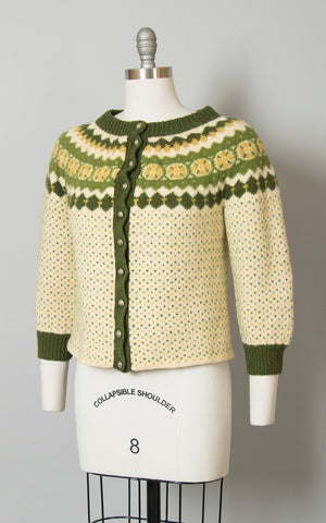 Vintage 1960s Cardigan | 60s Danish Knit Wool Cream Green Warm Winter Sweater (medium)