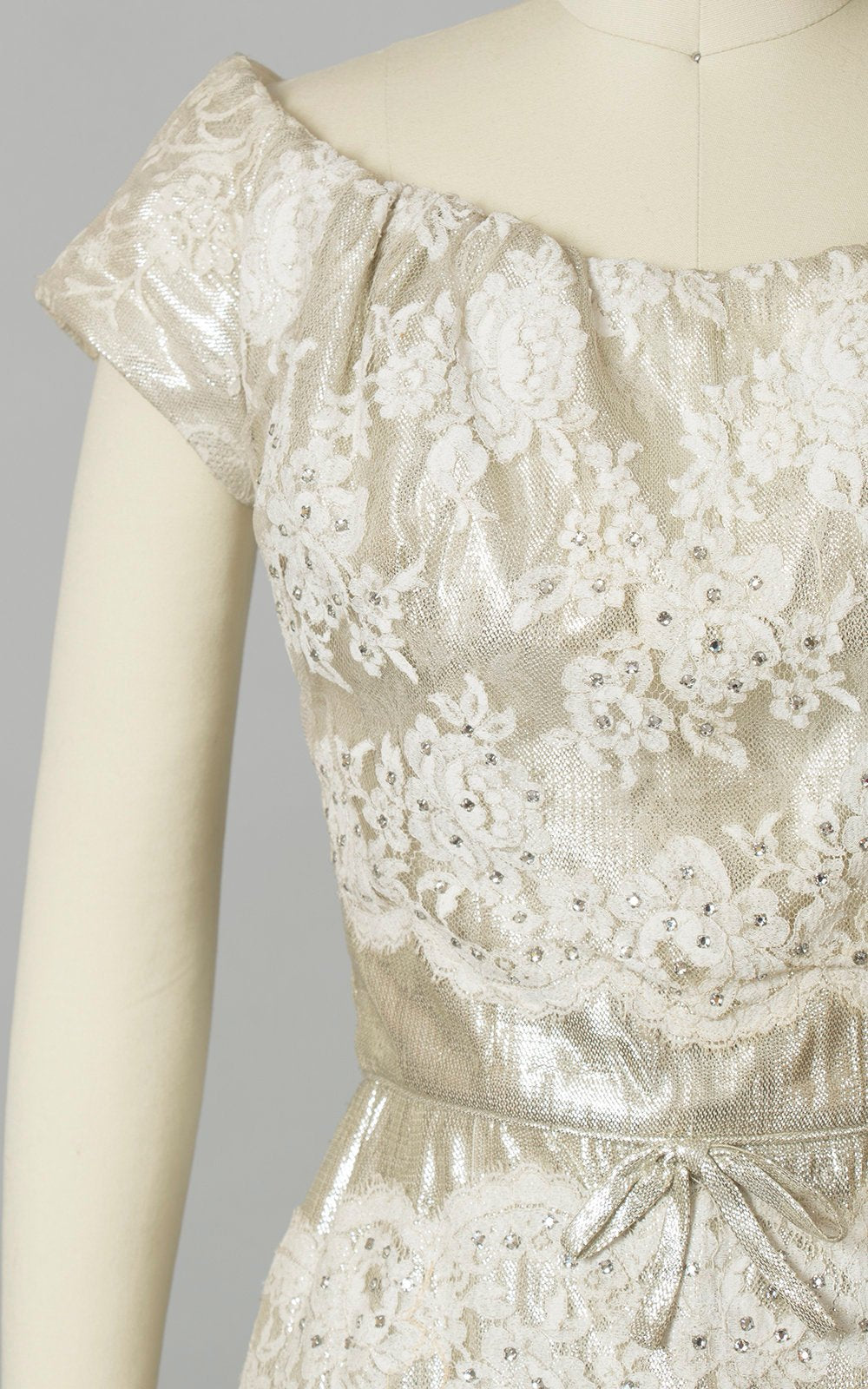Vintage 1950s Dress | 50s PEGGY HUNT Cocktail Dress White Lace Metallic Silver Lamé Rhinestones Wiggle Party Wedding Dress (x-small)