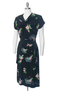 Vintage 1940s Dress | 40s Floral Novelty Print Rayon Lady Faces Printed Navy Blue Cocktail Evening Dress (small/medium)