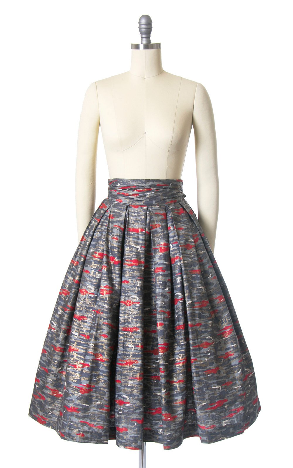 Vintage 1950s Skirt | 50s Metallic Gold Abstract Camouflage Cotton Grey Red Wide Cummerbund Waist Pleated Full Skirt (small)