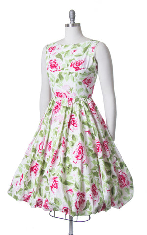 Vintage 1950s Dress | 50s JERRY GILDEN Rose Floral Print Cotton Sundress White Red Bubble Hem Day Dress (small)
