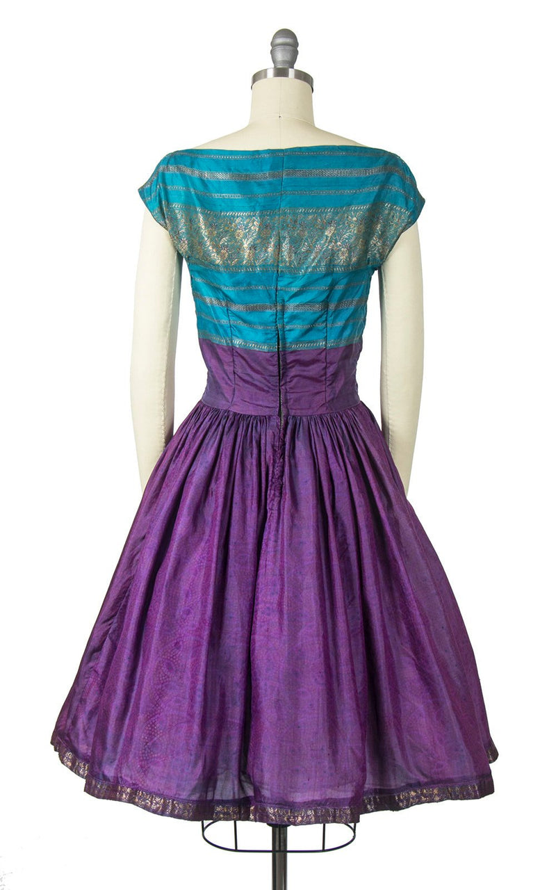 Vintage 1950s Dress | 50s Silk Color Block Indian Style Metallic Floral Blue Purple Full Skirt Party Dress (small)
