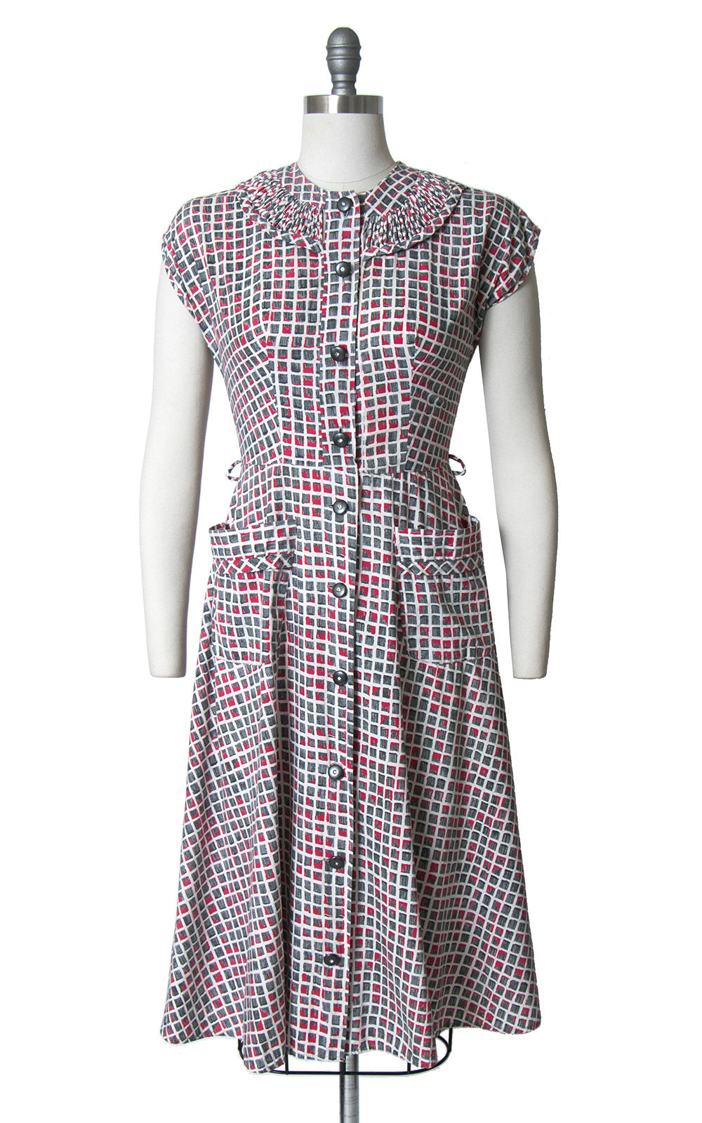 Vintage 1940s 1950s Dress | 40s 50s Printed Cotton Shirt Dress Red Grey Shirtwaist Full Skirt Day Dress (small)