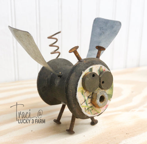Spool Critter - When Pigs Fly No. 1