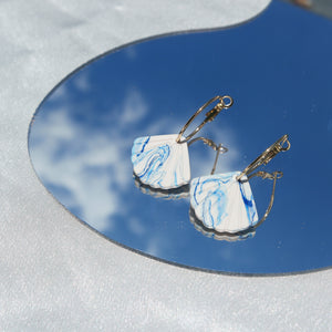 Marbled Scallop Shell in Hoops (Instock)