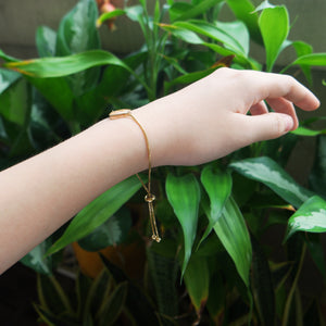 Flora-filled Adjustable Bracelet