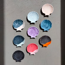 Load image into Gallery viewer, Scallop Shell Dish in Half/Half Ocean