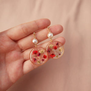 *PREORDER* Rie Floral Pearl Earrings