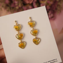 Load image into Gallery viewer, Mini Hearts Floral Earrings