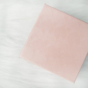 Red and Pink Textured Giftbox