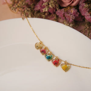 (Instocks) Mini Hearts Floral Necklace