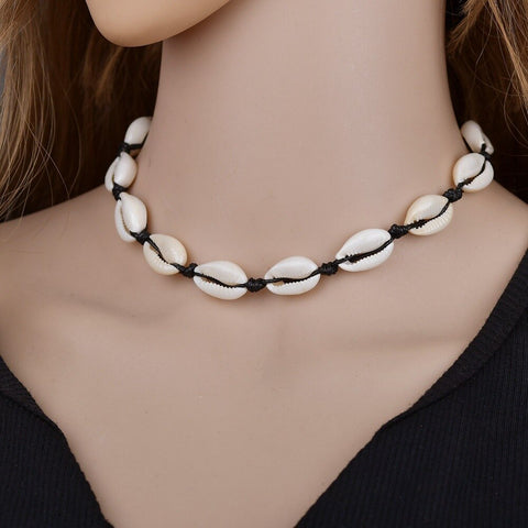 Natural Cowrie Miigis Choker Necklace