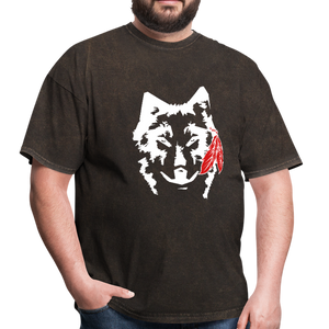 Wolf with Red Feather Mineral Black Men's T-Shirt - mineral black