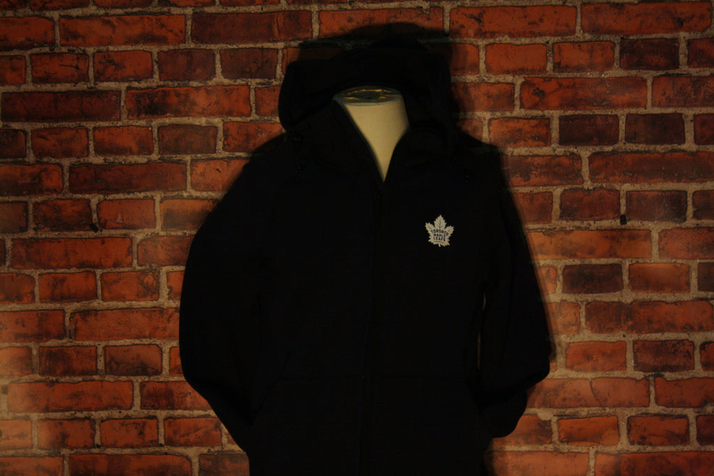 official photos dc8b0 f20b7 Toronto Maple Leafs Insignia Fortress