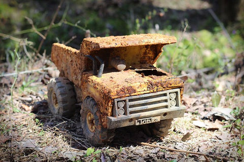 steel toy rust