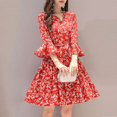 V Neck Floral Printed Bell Sleeve Shift Dress