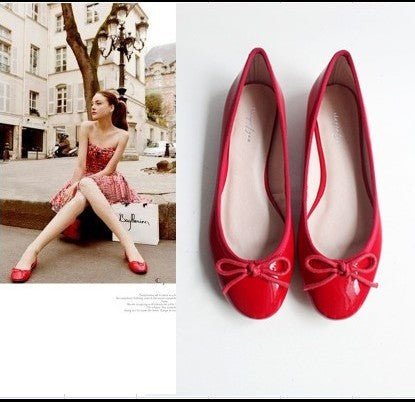Bowknot Round Toe Flat Sandals