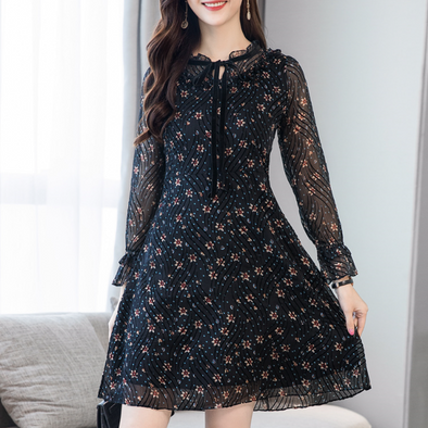 Tie Collar Floral Printed Skater Dress