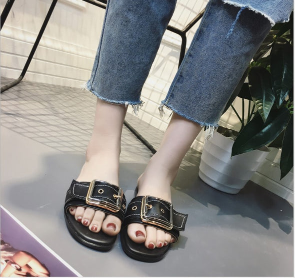2018 Fashion  New Flat Peep Toe Belt Buckle Sandals