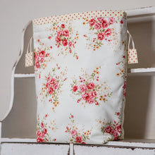 Load image into Gallery viewer, COUNTRY GARDEN project bag - polka dot lining fabric
