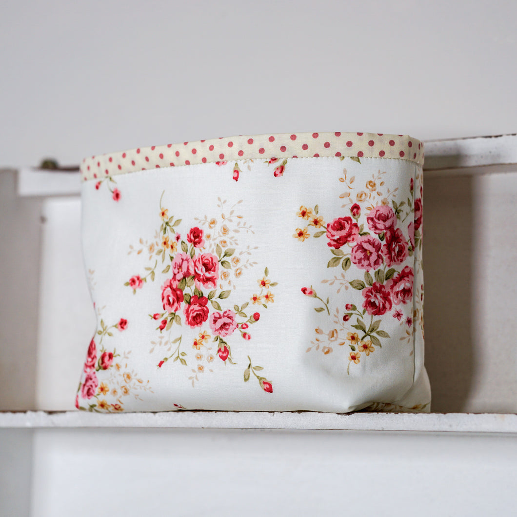 COUNTRY GARDEN Box Pouch - polka dot lining