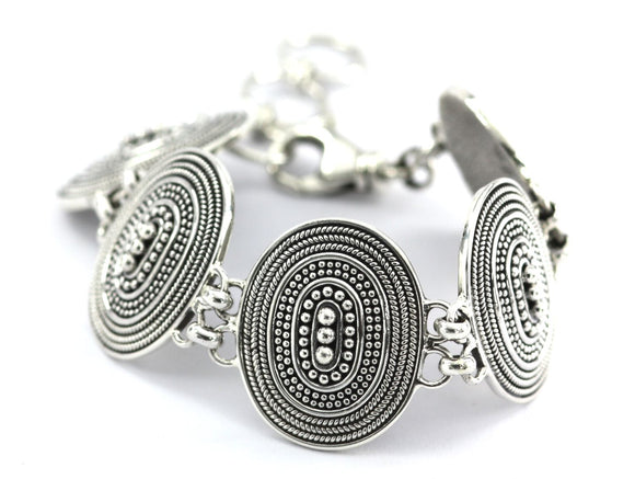 B123 RAYA Beaded Oval Station Bracelet